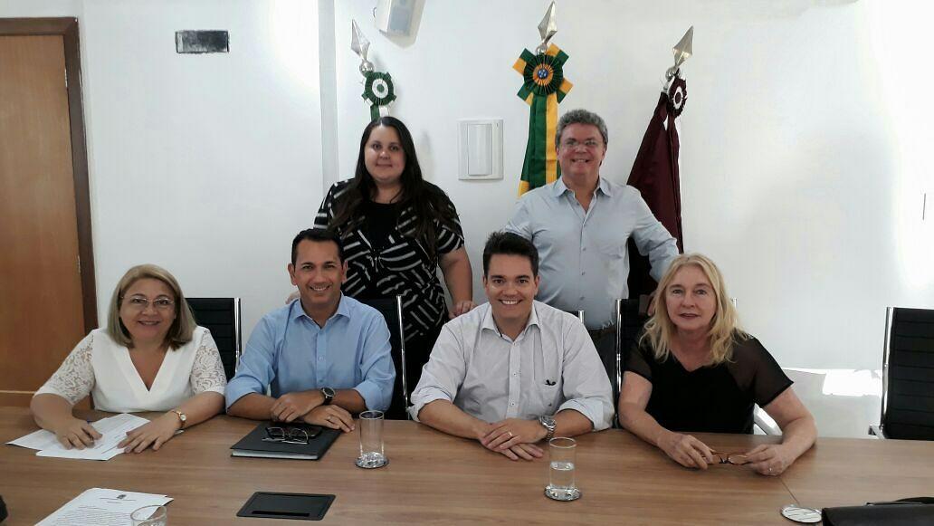 Secretário-geral do CRO-MT participa de reunião da Comissão de Políticas Públicas em Brasília