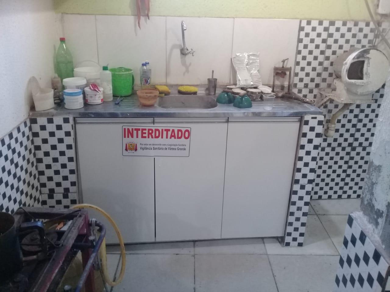 CRO-MT fiscaliza e Vigilância Sanitária interdita duas clínicas em Várzea Grande
